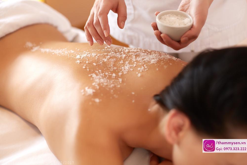 Massage body đá nóng, Massage body đá nóng nam nữ