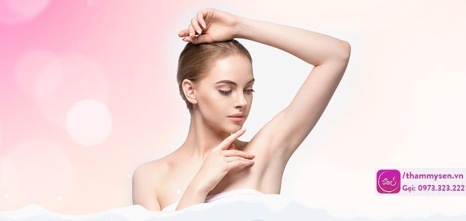 Cả hai loại sáp cứng và mềm đều tẩy da chết nhẹ nhàng để làm lộ làn da mịn màng hơn